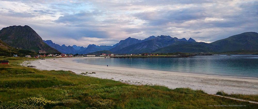 Stranden på Ramberg et et velfotografert stykke Lofoten