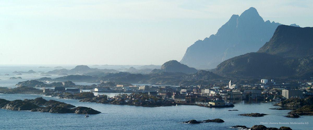 Svolvær - byen under fjellet