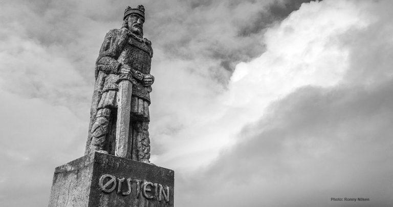 Statuen av Øystein Magusson i Kabelvåg