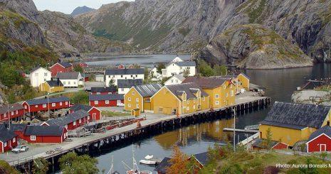 Nusfjord - et av de best bevarte fiskeværene i Flakstad kommune